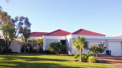 Property For Sale in Langeberg Heights, Cape Town