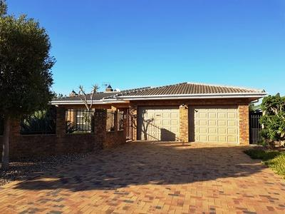 Property For Rent in Durmonte, Durbanville